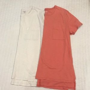 Set of 2 Old Navy T-Shirts